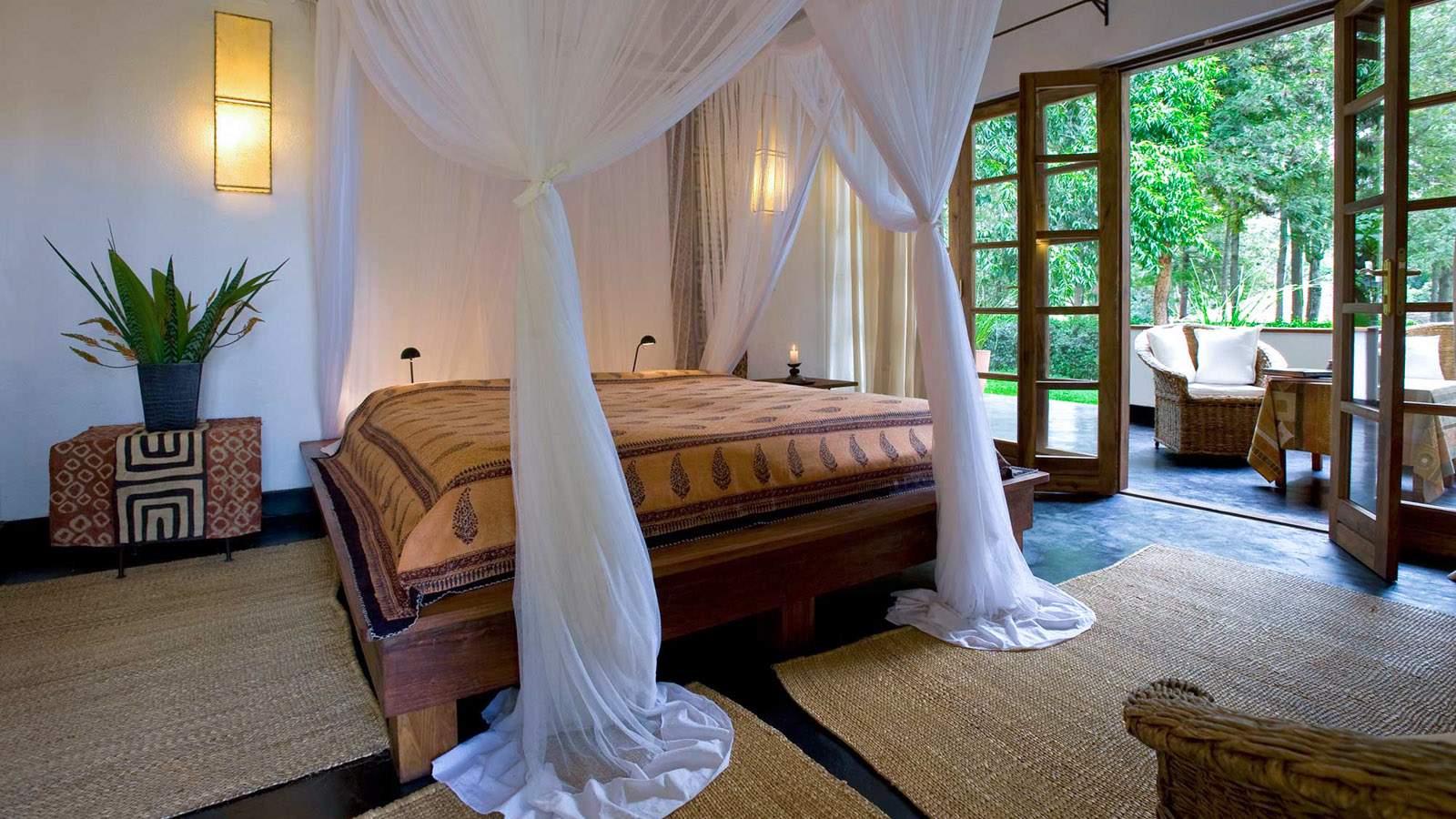 5 Days Tanzania Lodge Safaris